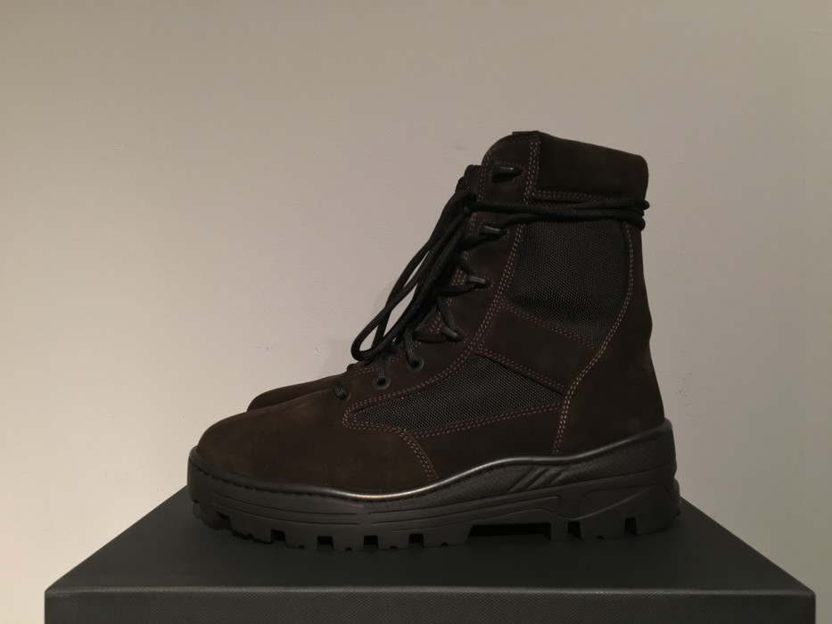 cf3f30c78b2 Yeezy Season Season 4 Combat Boot in Oil Size 10 - Boots for Sale ...