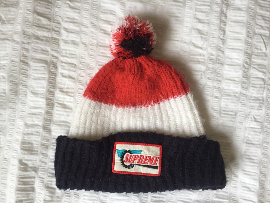 5f3255dcd53 Supreme Supreme Wool Bobble Hat Beanie Size one size - Hats for Sale ...