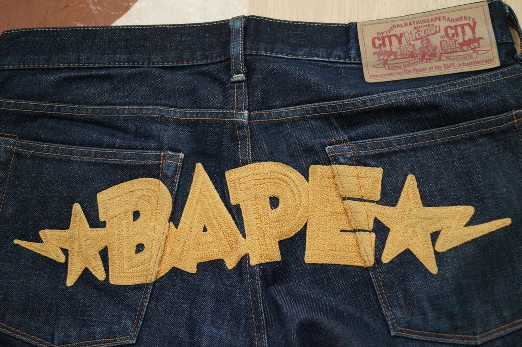 33ef64152d5d Bape a Bathing Ape Jeans Size 32 - Denim for Sale - Grailed