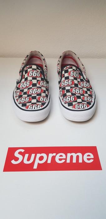 7eee5a4b41 Supreme Slip-On Pro Vans x Supreme 666 Size 9.5 - Slip Ons for Sale ...