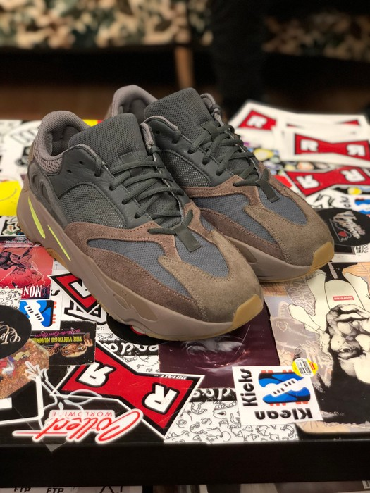 0f629e2b7c7 Adidas Kanye West Adidas Yeezy 700 Mauve Size 10.5 - Low-Top ...