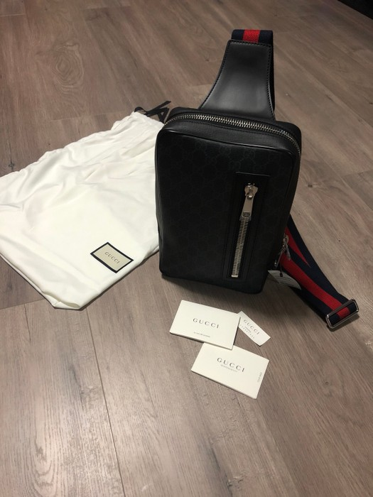 0b0850252fea77 Gucci Gucci GG SUPREME SLING BACKPACK Size one size - Bags & Luggage ...