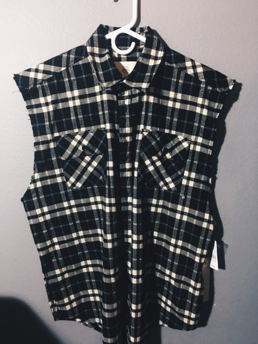e2767bf04507 Pacsun FOG-Collection Two Plaid Cutoff Flannel Button Up Shirt Size US M    EU