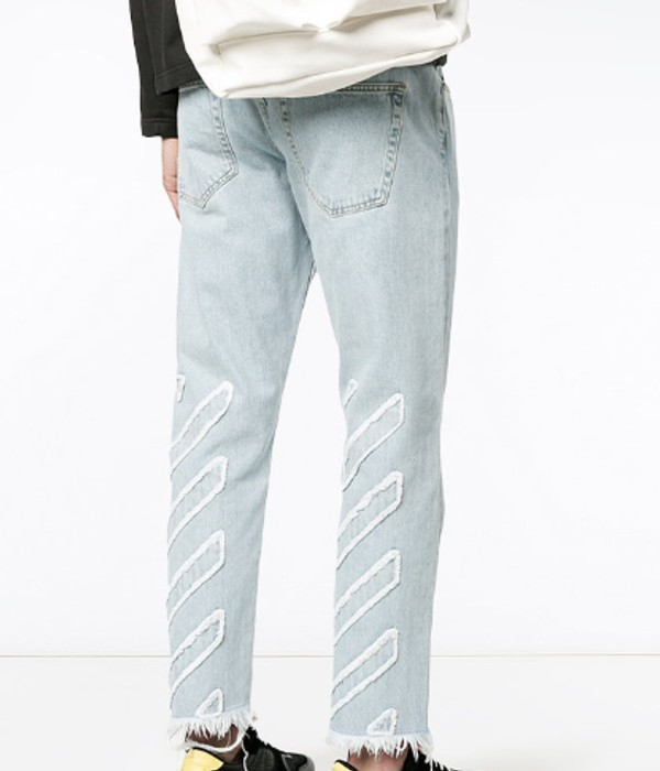 499b4711fd20 Off-White Distressed light blue jeans Size 28 - Cropped Pants for ...