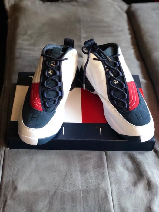 2b6887f21d4 Tommy Hilfiger Skew Lux Basketball Sneaker Size US 10.5   EU 43-44 - 1