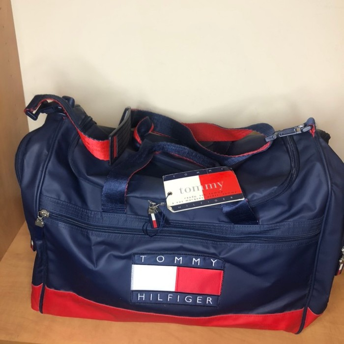 7552641b02 Vintage ❌SEND AN OFFER FINAL DROP❌90 s Tommy Hilfiger duffle bag ...