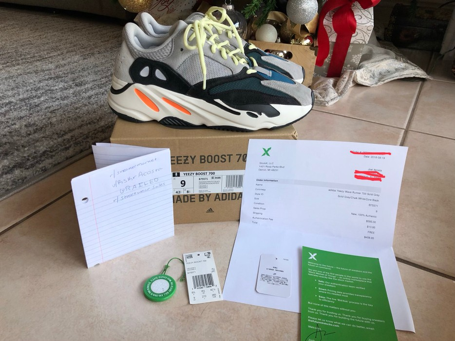 baa08c01c Adidas Yeezy Boost 700 OG Waverunner Size 9 - Low-Top Sneakers for ...
