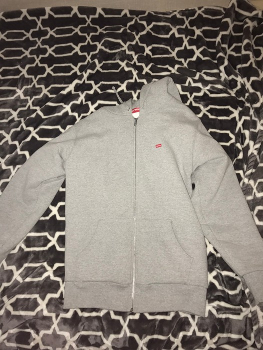 ad4e526c9d4b Supreme. SUPREME grey zip up small box logo floral thermal lining. Size  US  L   EU 52-54 ...