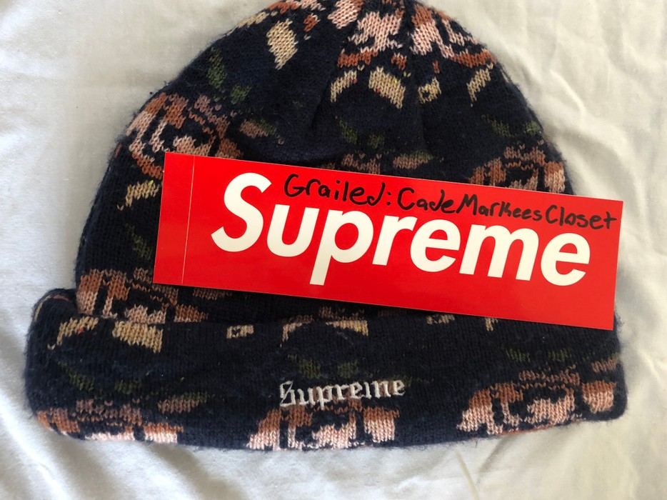 3a1357a90ec Supreme Supreme Rose Jacquard Beanie Navy Size one size - Hats for ...