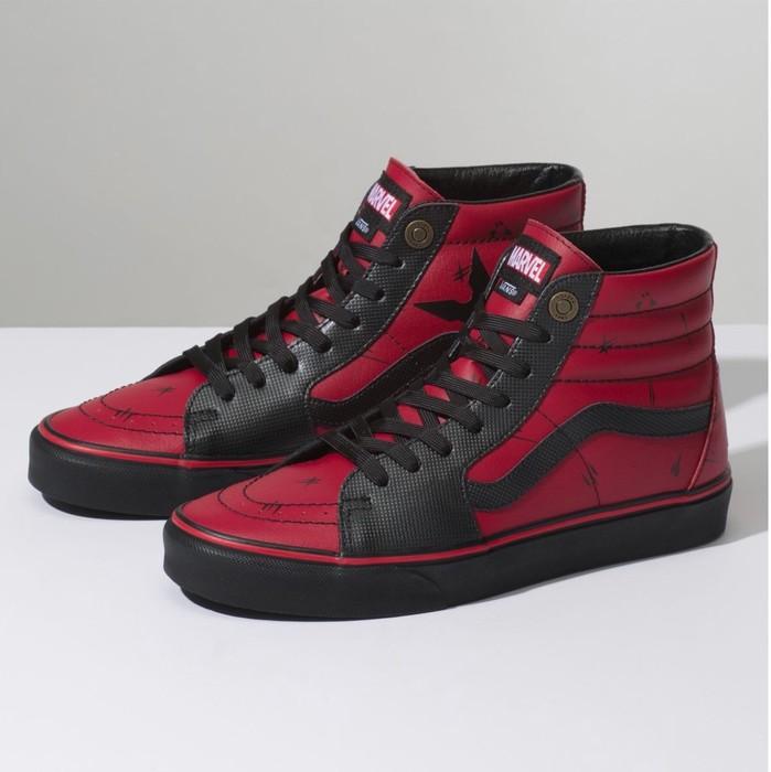 eb4d1550c2e2 Vans Vans SK8-Hi (Marvel) Deadpool Black Size 6 - Hi-Top Sneakers ...