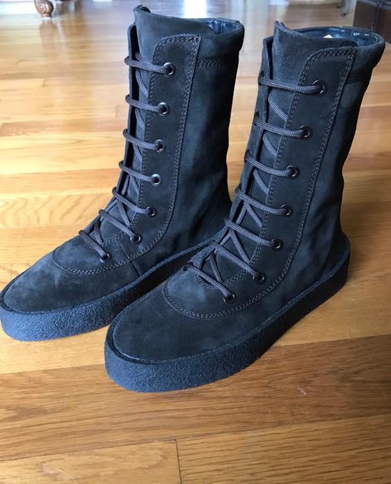 f9e9a9ed448 Yeezy Season SEASON 4 CREPE BOOT OIL Size 10 - Boots for Sale - Grailed