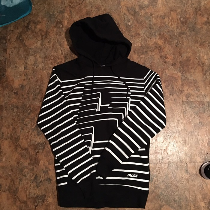 bcdd9a350 Palace Striped 3D P Hoodie Size m - Sweatshirts   Hoodies for Sale ...