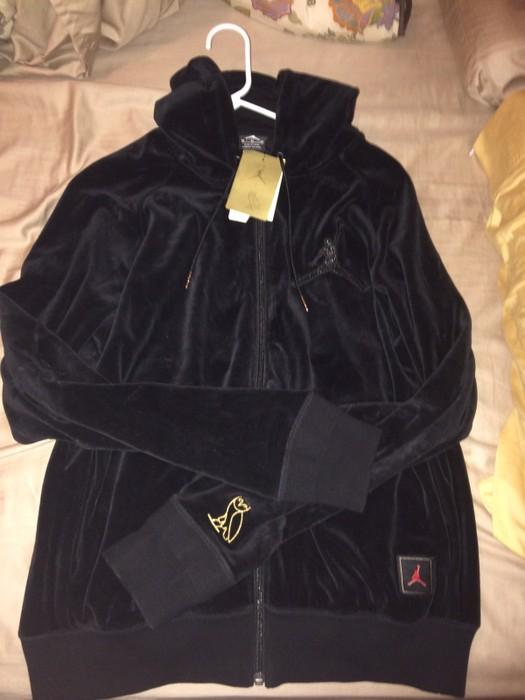 7c19dbad2d29 Jordan Brand Air Jordan OVO Velour Full Zip Men s Hoodie Size US M   EU 48