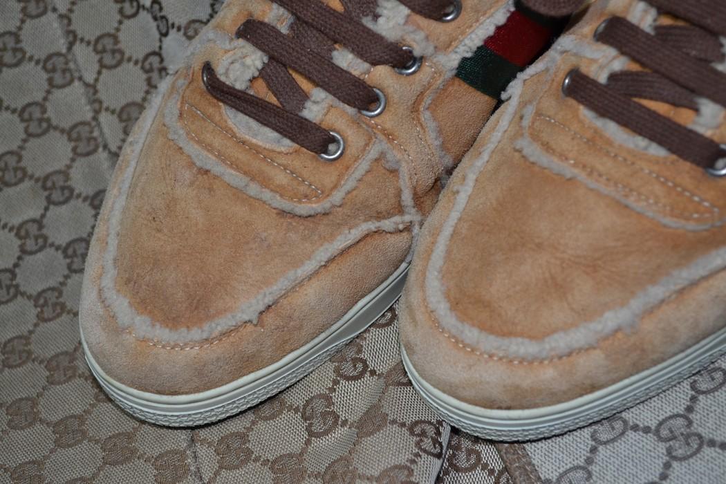 210bdea25b5 Gucci RARE Gucci Shearling Sneakers 8 gucci size 9 US in fact 275 mm Insole  Striped