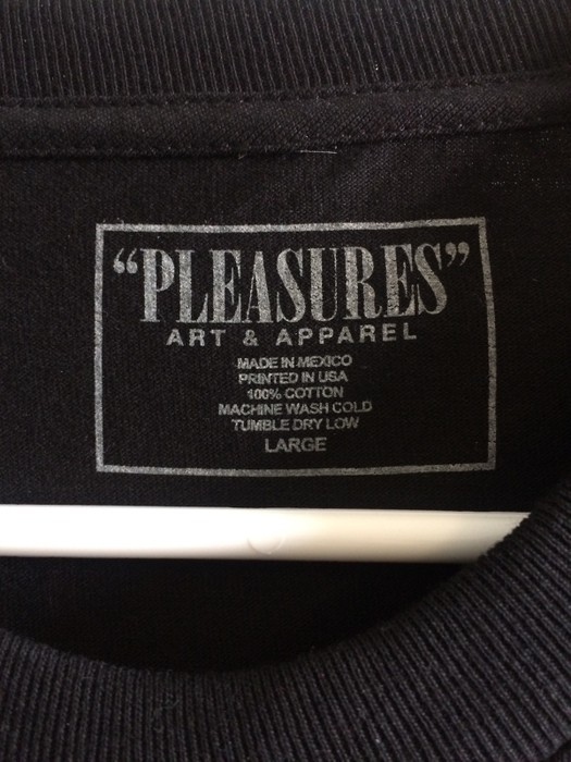 8cfaffda5f3e Pleasures Depop Complexcon Exclusive Size l - Long Sleeve T-Shirts ...
