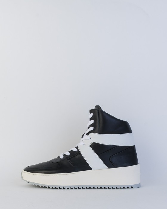 0561921568d Fear of God Basketball Sneaker Size 8 - Hi-Top Sneakers for Sale ...