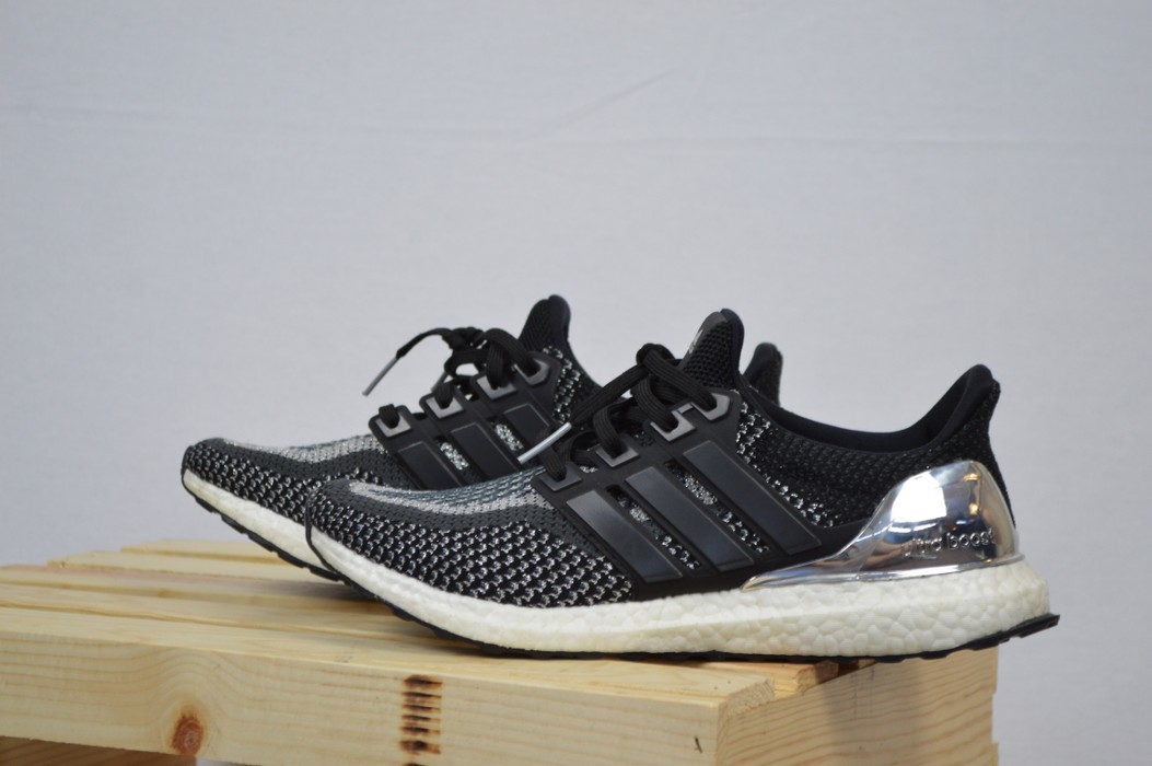 3591c2877 Adidas Adidas UltraBoost Silver Medal Edition Size 9 - Low-Top ...