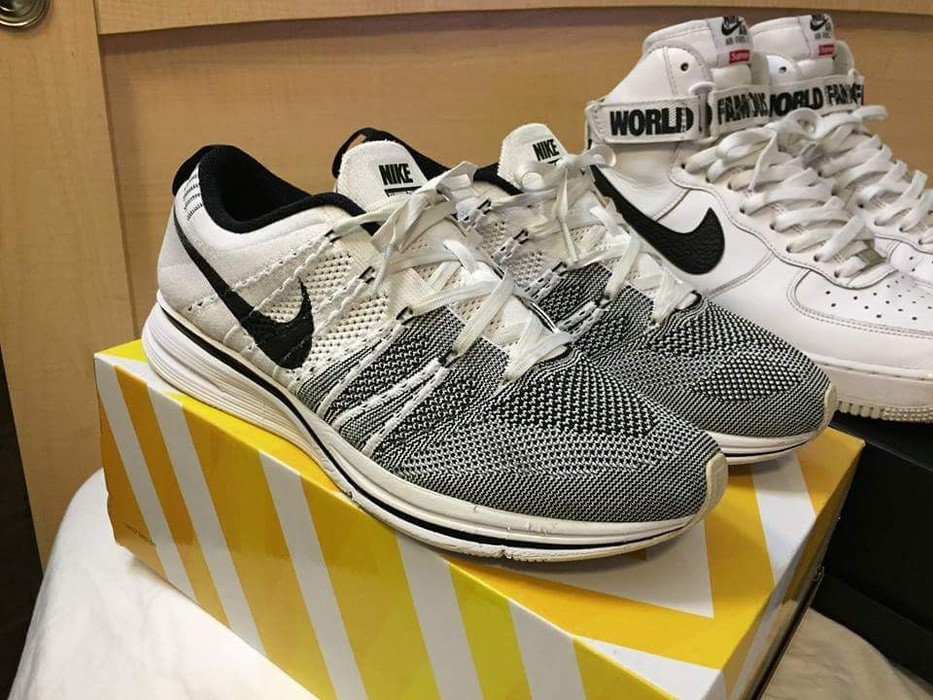 5addc65860d26 Nike White Yeknits Size 10 - Low-Top Sneakers for Sale - Grailed