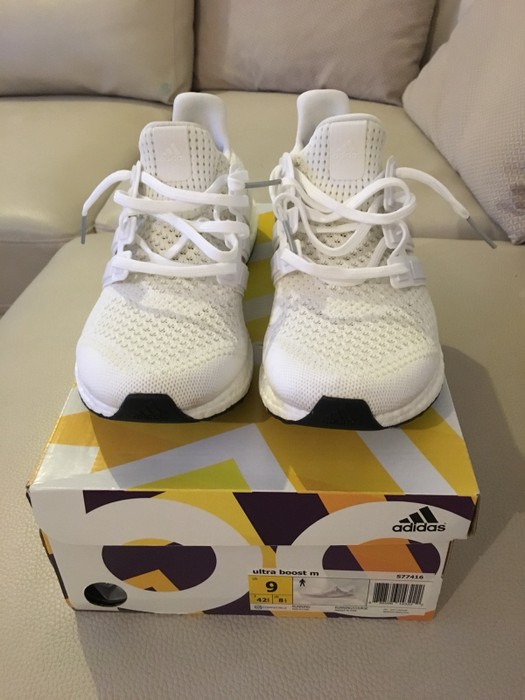 1c43f1a955c90 Adidas Ultra boost V1.0 Triple White Size 9 - Low-Top Sneakers for ...