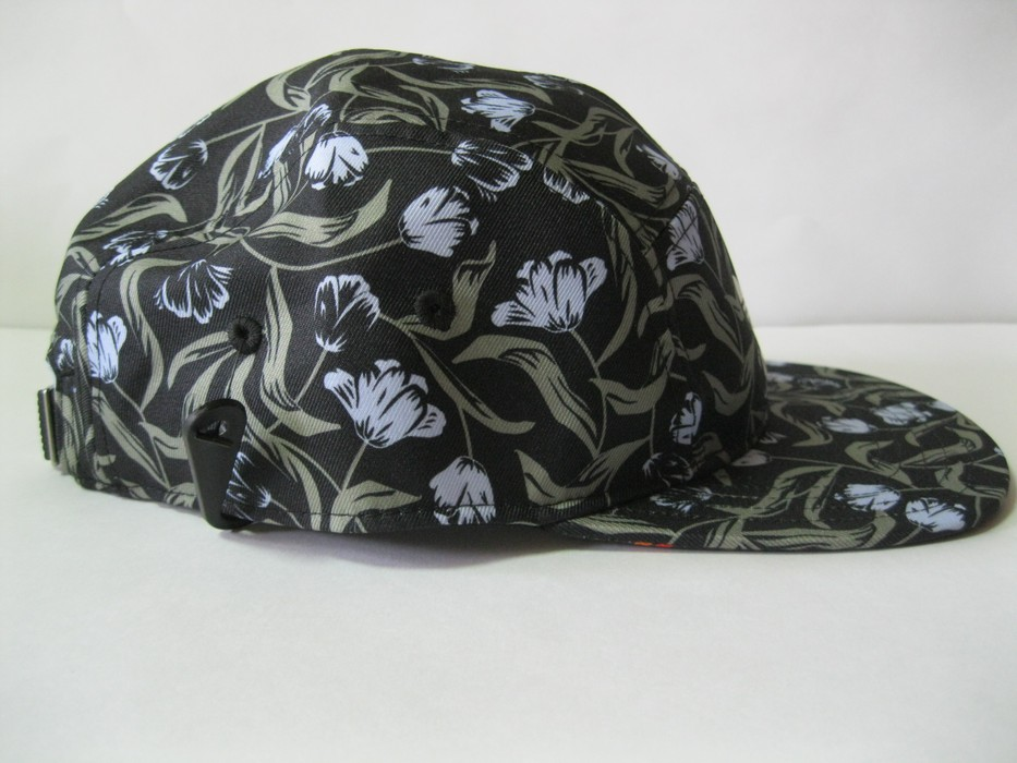 c8c3faa1945 Adidas Originals Moscow Running 5 Panel Cap Size one size - Hats for ...