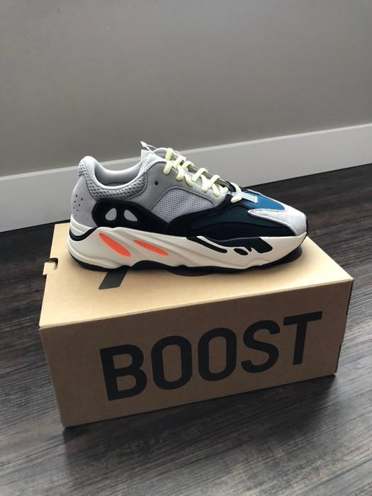 46cbfa5427e Adidas Kanye West Adidas Yeezy Wave Runner 700 Solid Grey Size US 8   EU 41
