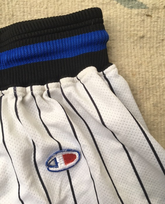 b976d18a1eef Champion Vintage 90s Champion Orlando Magic NBA Basketball Shorts Size US 33  - 2