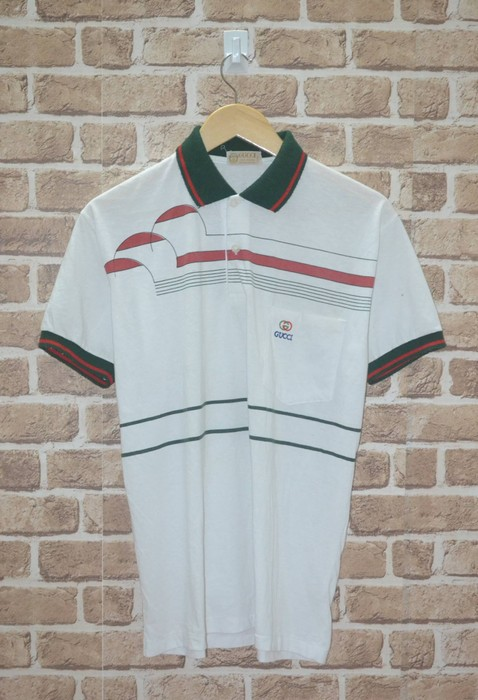 8eb841fb119 Gucci. VINTAGE GUCCI 80s POLO CHAIN MADE IN ITALY SHIRT. Size  US M   EU 48- 50   2