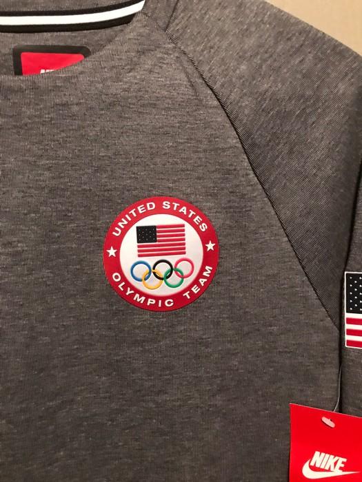 e6442e160e92 Nike Olympic Sweatshirt Supreme Bape Champion Fear Of God Off White Usa Nike  Adidas Yeezy Size