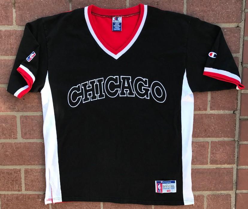 f69aa31ad60a Champion VINTAGE 90 s CHAMPION x NBA CHICAGO BULLS SHIRT RARE MEN S L Size  US L