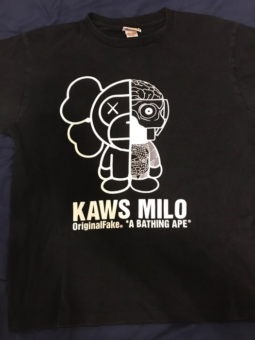 dd6471979c0 Bape Bape x Kaws Collab Milo Tee Size l - Short Sleeve T-Shirts for ...