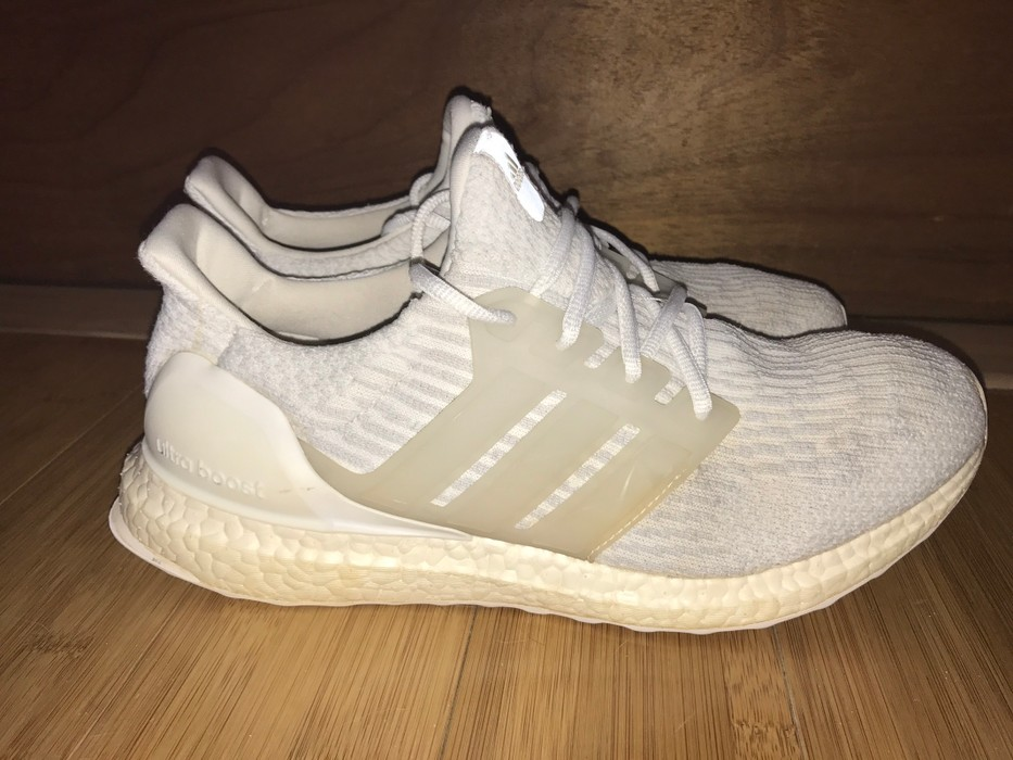 9ba4fac6c Adidas Triple White Ultraboost 3.0 Size 10 - Low-Top Sneakers for ...