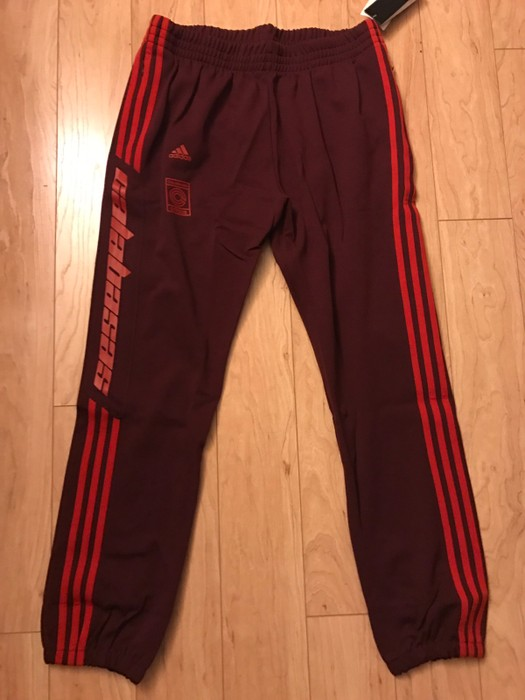e75113fad1c60 Adidas Calabasas Track Pants Size 32 - Sweatpants   Joggers for Sale ...