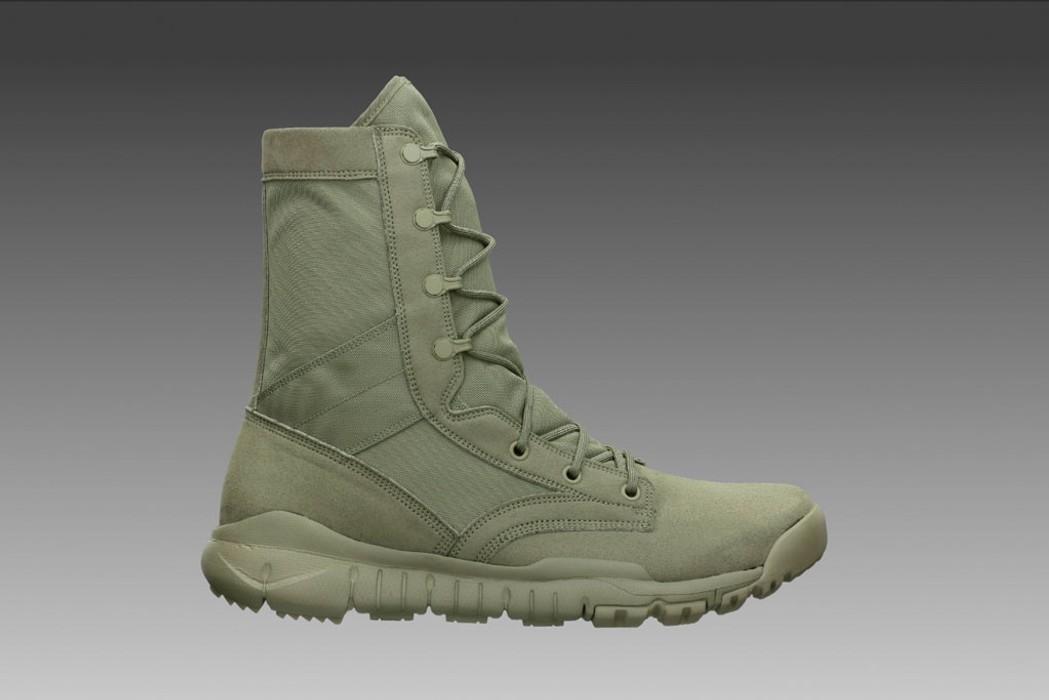 9b7b7d653f64 Nike SFB Field 8