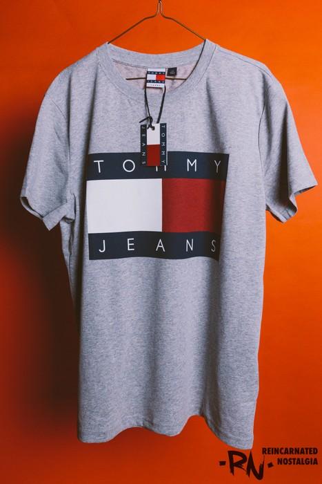 84e21e5c4 Tommy Hilfiger Vintage Retro Tommy Jeans Box Logo Size US L   EU 52-54