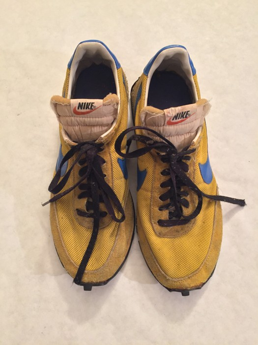 bfbb99d33e61 Nike Nike LDV 1978 Yellow Waffle Sole w  blue accents Ultra Rare True  Vintage sz