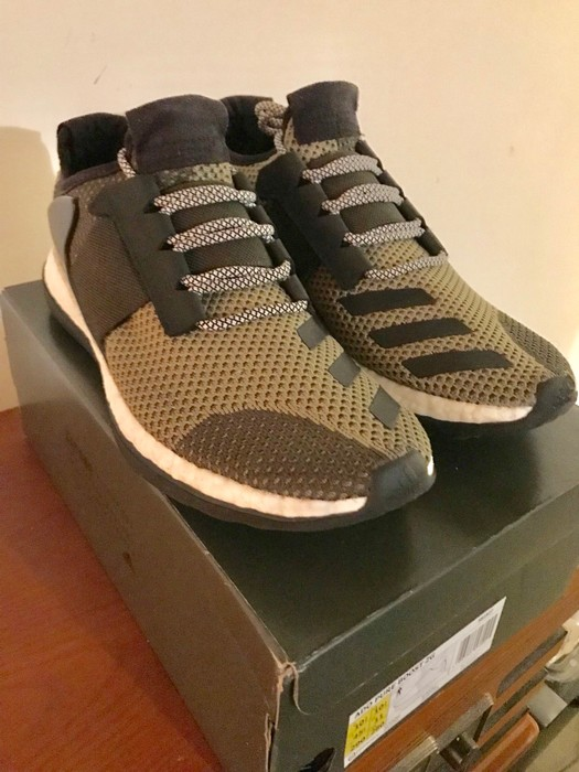 11149a893 Adidas Adidas Consortium Day One Pure Boost ZG Pantone Green Size 11 ...