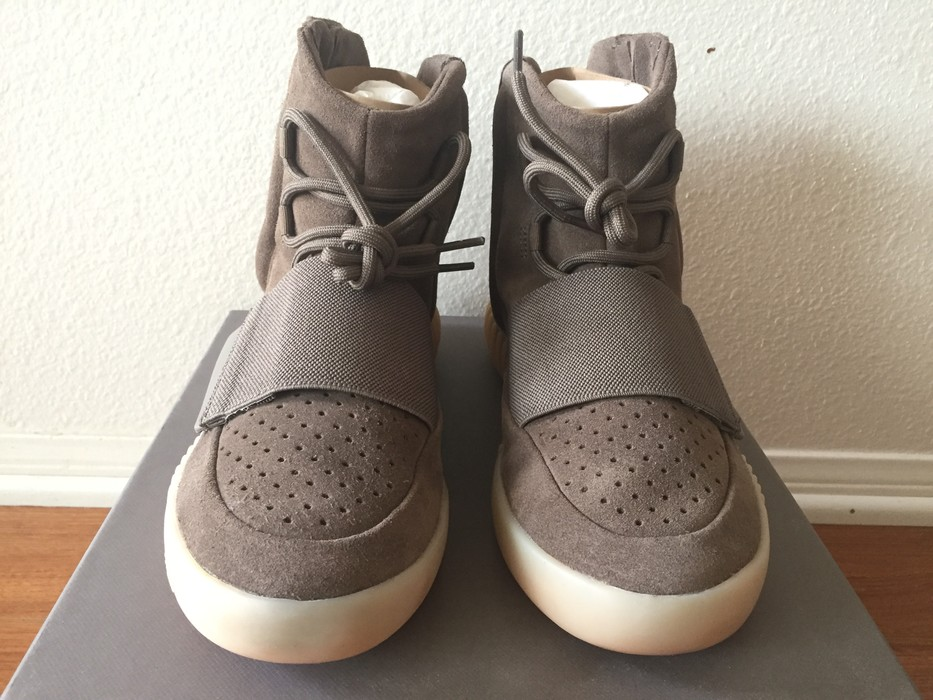 83d7047c1f118 Yeezy Boost Adidas Yeezy Boost 750 Light Brown Gum (Chocolate) Size US 8