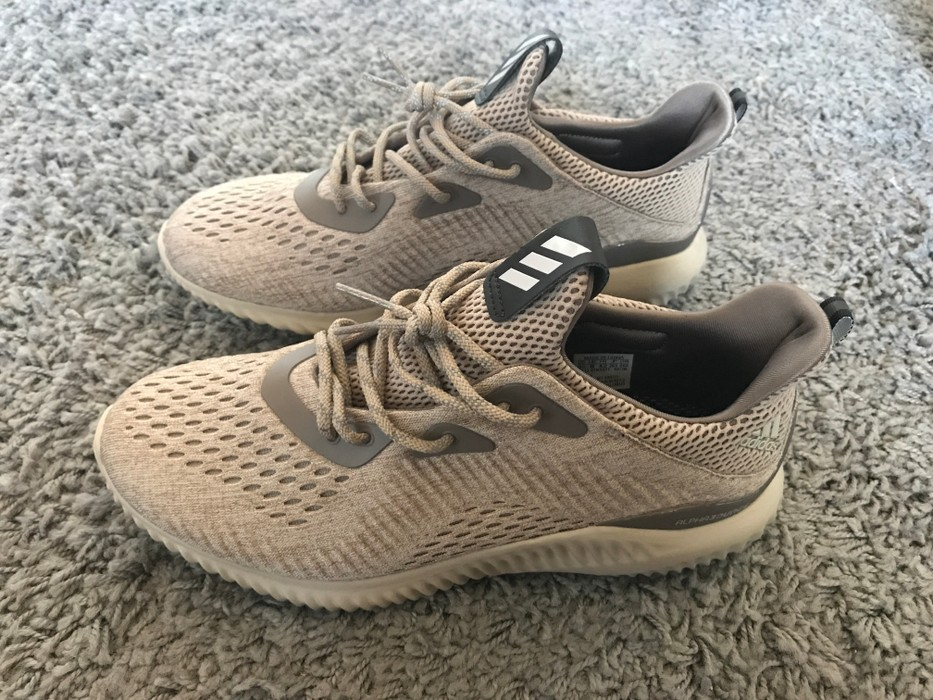 77decbef1 Adidas Alphabounce - Cream Size 8.5 - Low-Top Sneakers for Sale ...