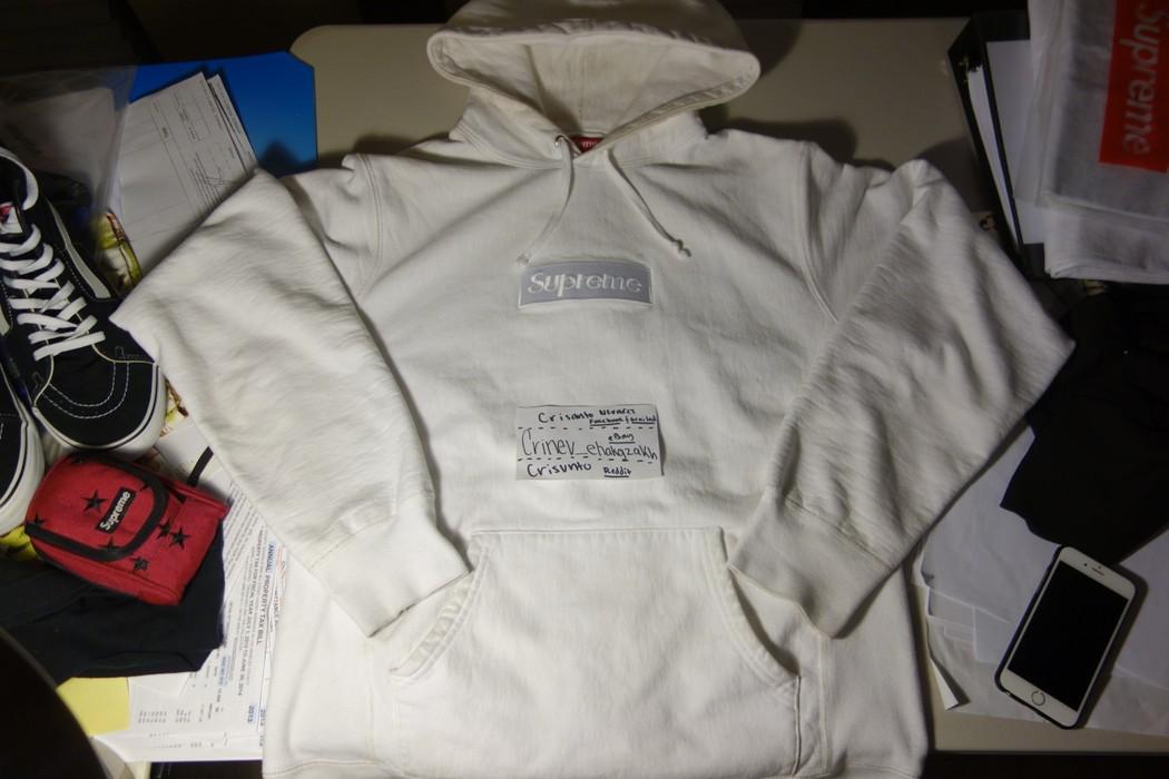 27375e0b07a9 Supreme White Tonal Box Logo Hoodie Size l - for Sale - Grailed
