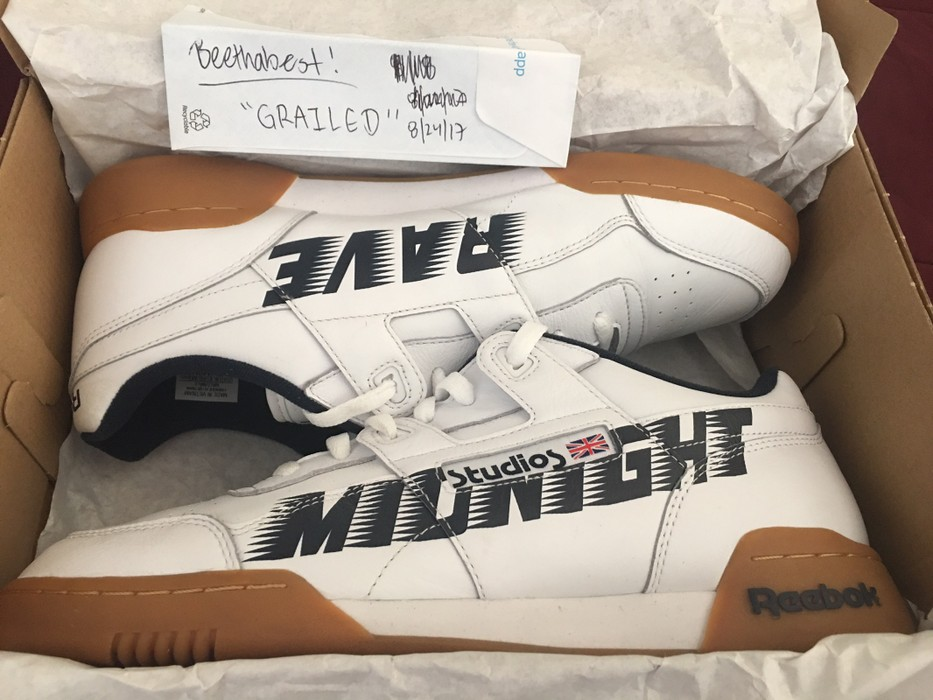 049680a623fd Reebok Midnight Rave Collab W  Reebok Size 10.5 - Low-Top Sneakers ...