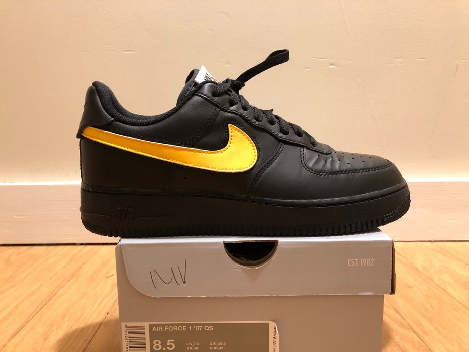 separation shoes ff684 58c20 Nike Nike Air Force 1 Swoosh Pack Size US 8.5   EU 41-42 -