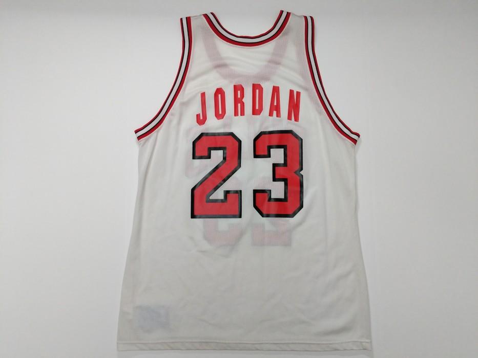 5c8192cf8 Jordan Brand Vintage Champion NBA  23 Chicago Bulls White Michael Jordan  Basketball Jersey Size 44