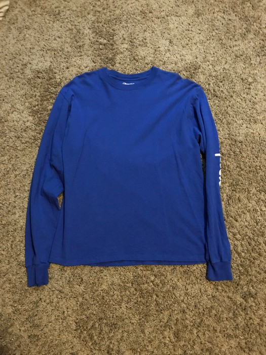 cc78aba69b94 Champion royal blue long sleeve champion t-shirt Size US L   EU 52-