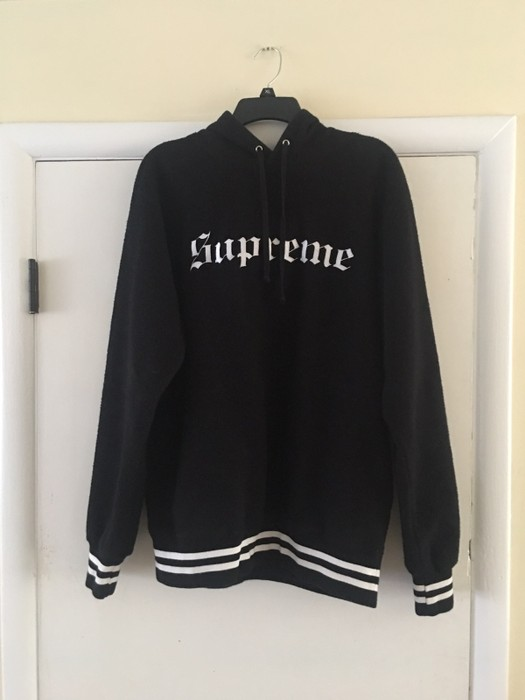 539f57e90180 Supreme Reverse Fleece Hooded Sweatshirt Size l - Sweatshirts ...