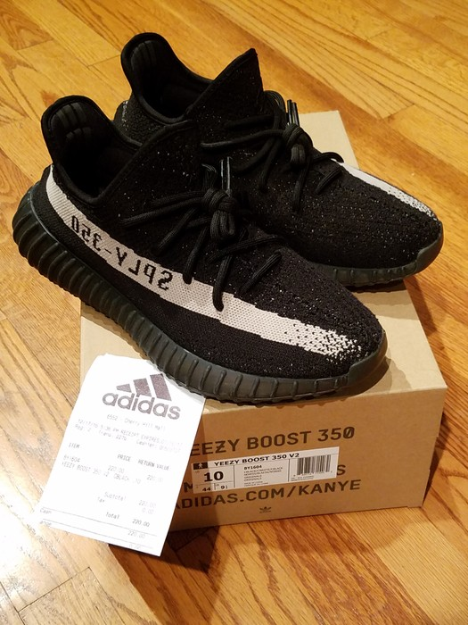 079135a12 Adidas Kanye West Yeezy 350 V2 Oreo US10 UK9.5 EU44 Size 10 - Low ...