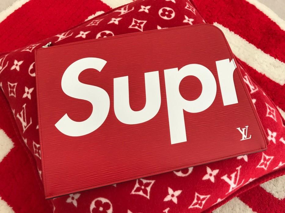 fe5ec0ec3ef5 Supreme Louis Vuitton x Supreme Pochette Jour GM SP Clutch Bag Epi Leather  RED M67722 Size