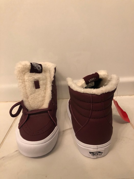 b9a0817337bb Vans Sherpa Lined