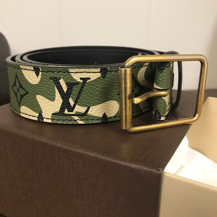c35e264b0717 Louis Vuitton Louis Vuitton X Murakami Camouflage Belt Size 34 ...