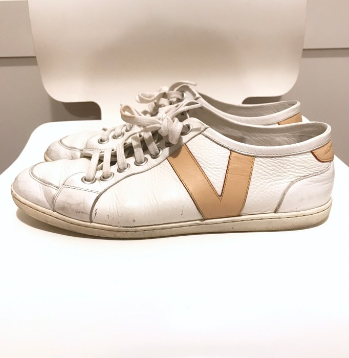 e147adfd4994 Louis Vuitton V Logo Leather Shoes White Size 7.5 - Low-Top Sneakers ...