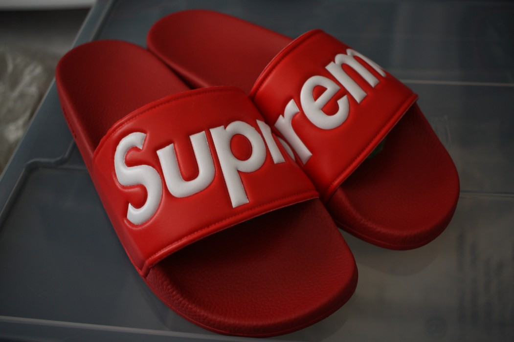 4a161dfd9755 Supreme slides